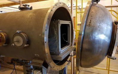 Environmental_Stress_Testing_within_Vacuum_Chamber_for_Satellite_Testing-8977987-750x500